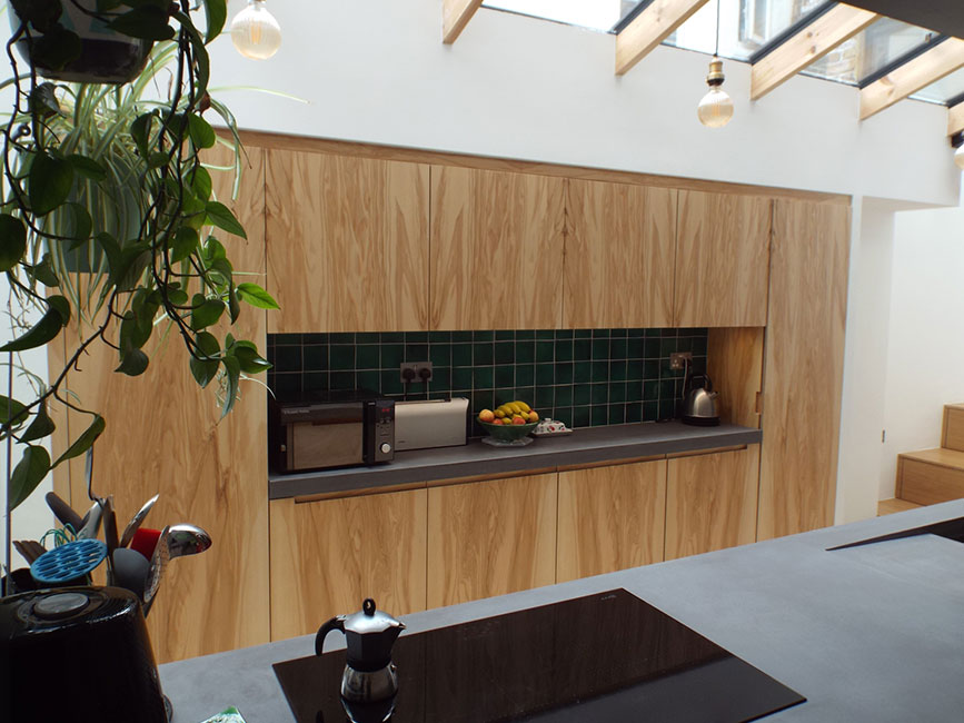 Green Lanes, London kitchen by Bespokea